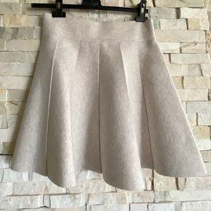 Club Monaco Carly Skirt in Oatmeal - Brand New -sm